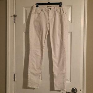 Cabi White Curvy Skinny Jean